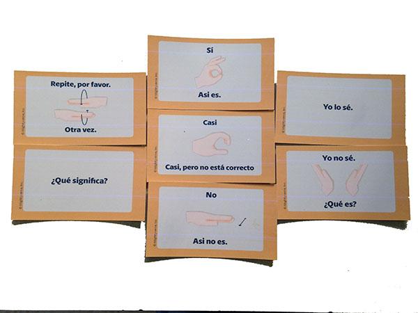 "7 cards: on left ""repite, por favor"" and ""¿Qué significa?"" then in the middle ""sí"" ""casi"" and ""no"" then on the right ""Yo lo sé"" and ""No sé. ¿Qué es?"""